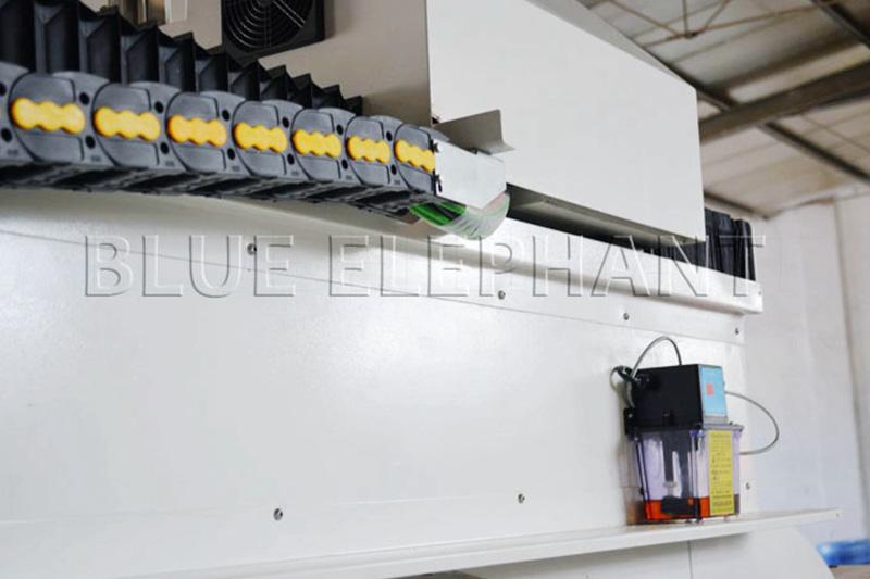 handbediend smeersysteem voor piepschuim cnc router