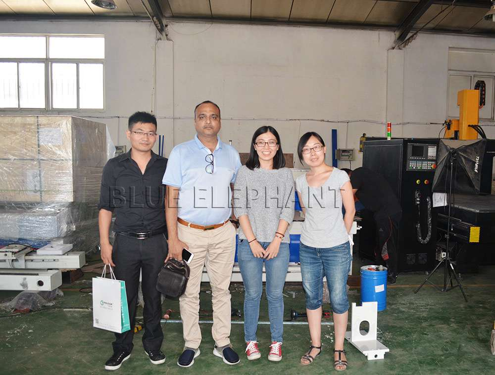 Customer from India visited the factory 2