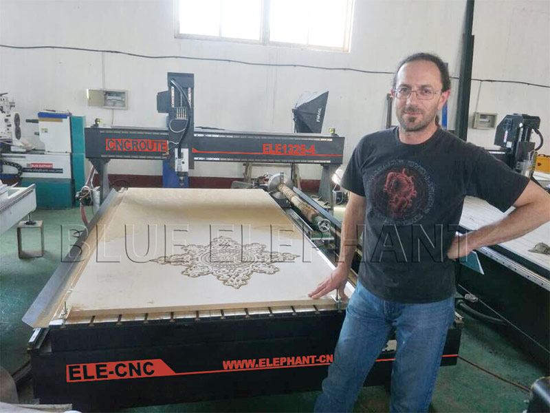 Client from the Mediterranean Region Studied Cnc Router in the Factory