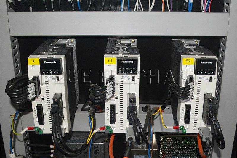 panasonic drivers of 2040 plasma and flame cutting machine
