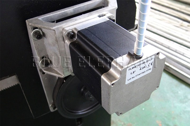 fl118 stepper motor of 1530 pneumatic system double spindles 4 axis cnc router