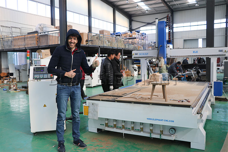 client from lebanon bought a 4-axis cnc router -1