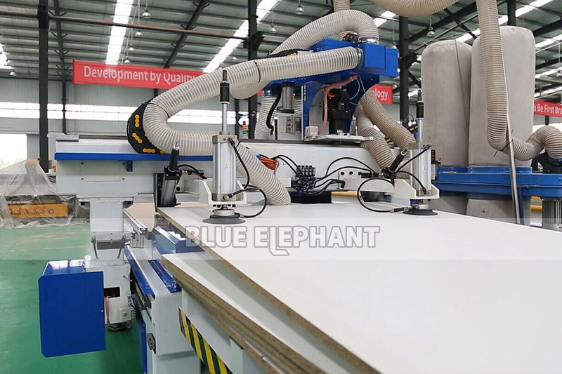 ELE1325 CNC Router Wood Working Automatic Loading and Unloading System Machine (5)