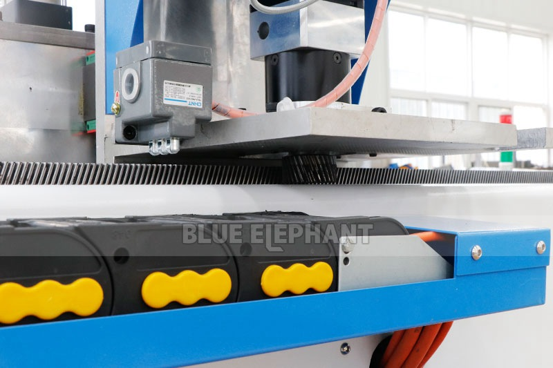 ELECNC-1325 Multi Spindle Woodworking Machine for cheap price (6)