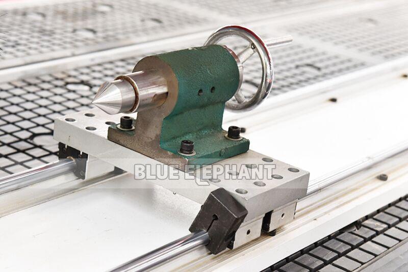 ELECNC-1530 Автоматическая машина для резки дерева 3D