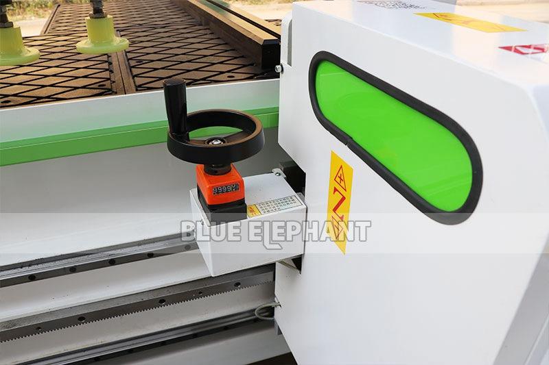 ELECNC Side Hole Drilling Machine for Panel Furniture 03