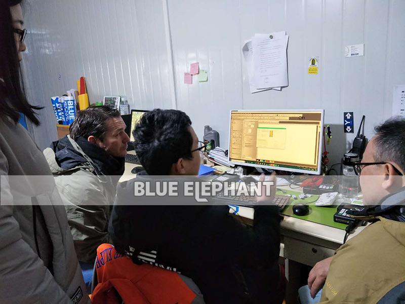 Australische Kunden kommen zur Fabrik, um die Plasmaschneidmaschine 04 zu sehen