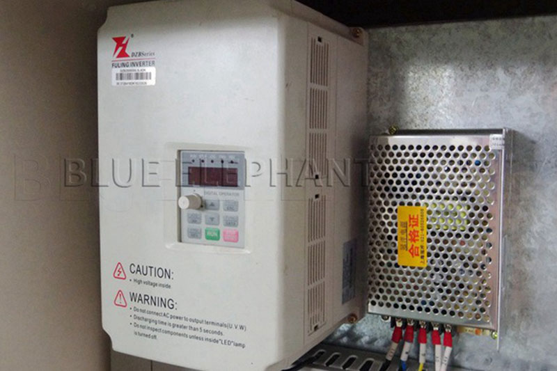 5.5kw-fuling-inverter-of-2030-atc-spindle-and-oscillating-knife-cnc-cutting-machine
