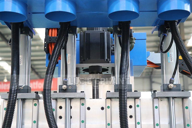 راوتر CNC من الخشب ELECNC-1325 مع مغزل 4 (5)