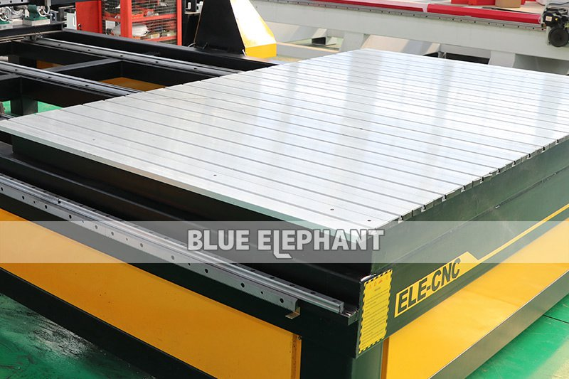 ELECNC-2036 Multi Spindles CNC Router Machine (3)