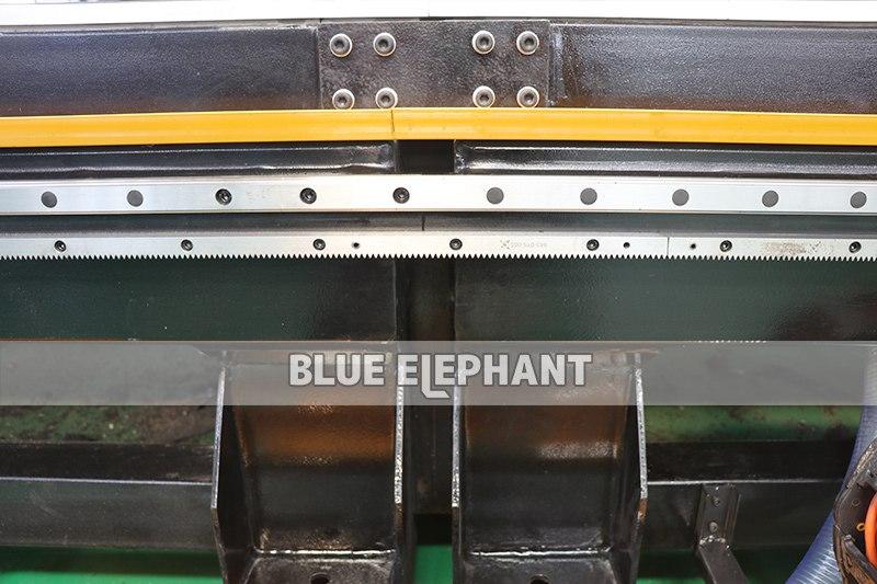 جهاز التوجيه الكهربائي ATECNC-3076 ATC CNC بحجم العمل الكبير (2)