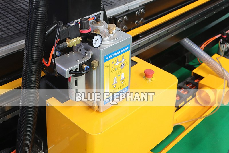 ELECNC-3076 Large Working Size ATC CNC Router001
