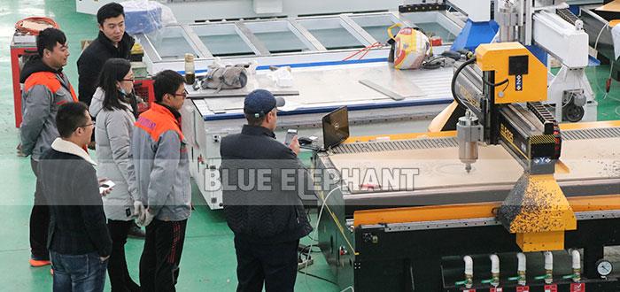 Cómo encontrar un fabricante de enrutador CNC confiable de China