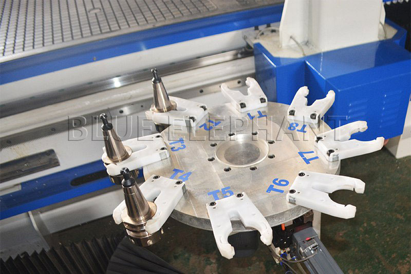 carousel tool magazine of 2050 oscillating knife cnc cutting machine