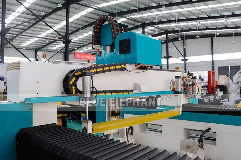 1325 3D Foam Toys Graviermaschine mit Press Roller (3)