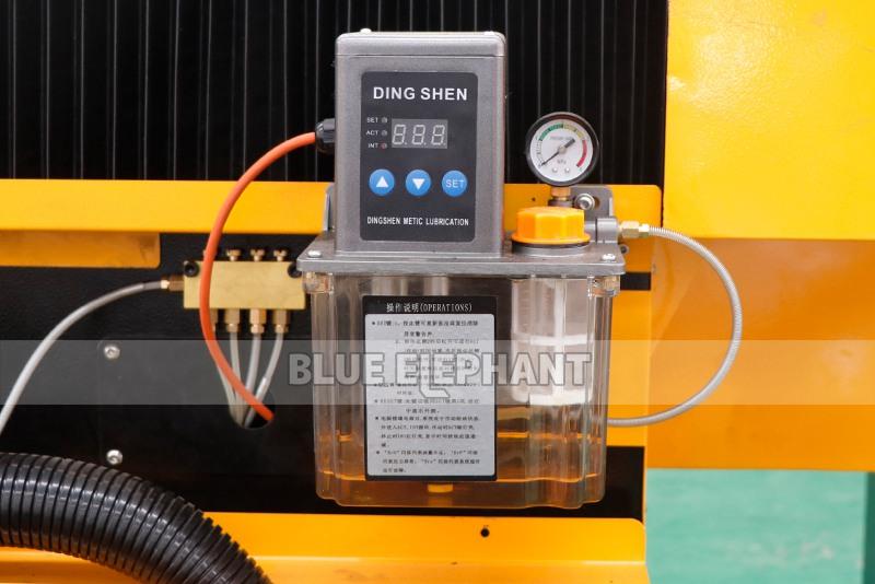 2113 ATC 3D Машина для каменной ваты с ЧПУ с вращающимся устройством (10)