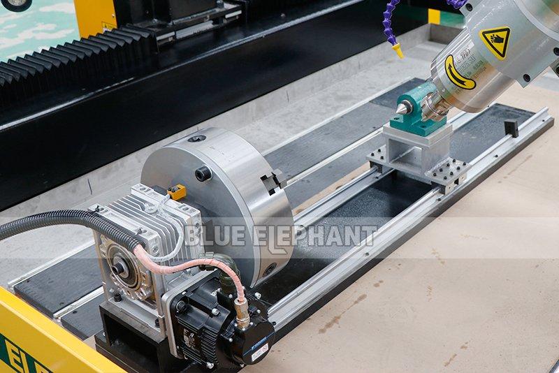 2113 ATC 3D CNC Máquina de Escultura de Piedra con Dispositivo Giratorio (11)