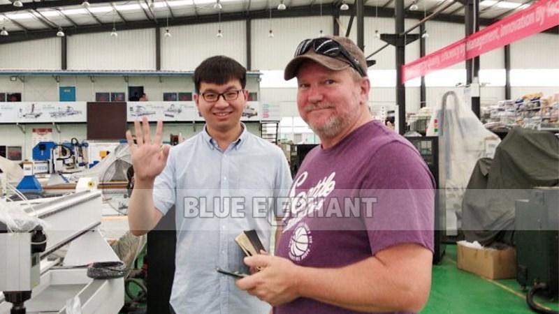 Visitante de Australia para el enrutador CNC EPS Styrofoam