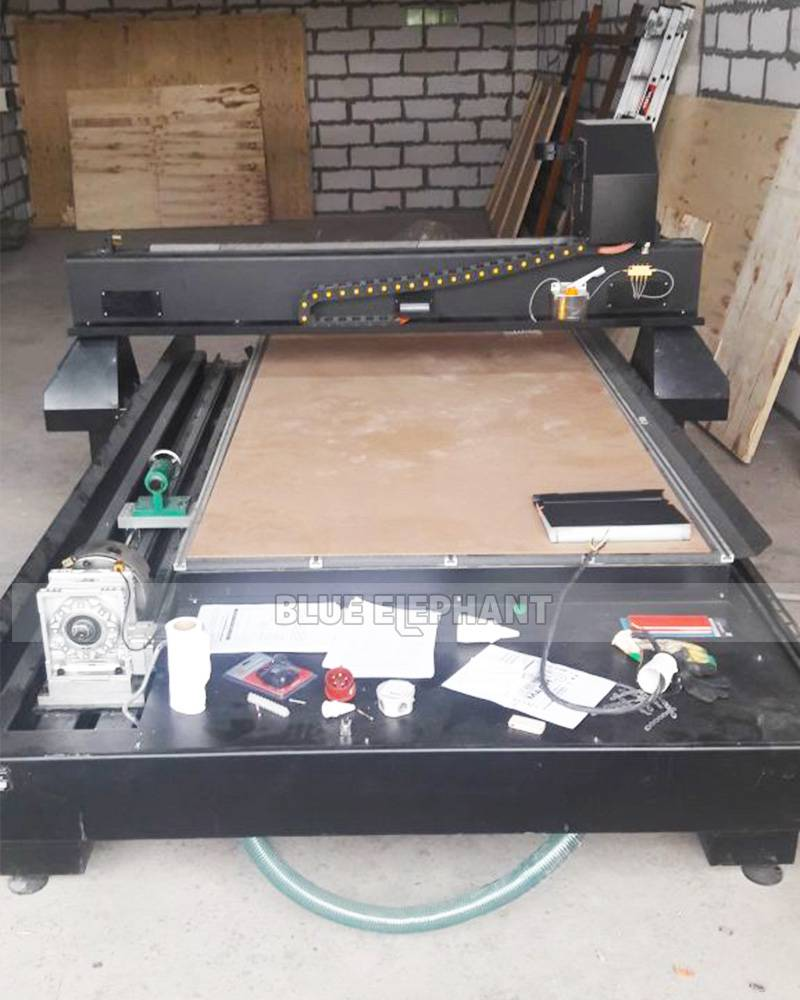 Customer's Feedback—CNC Router 1325 with Rotary Device (2)