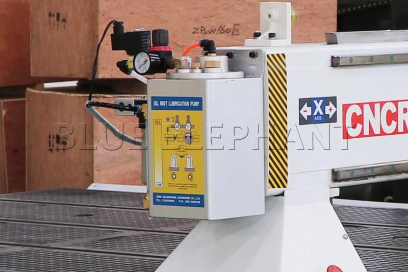 Máquina de enrutamiento de madera CNC ELECNC-1530 3 Axis (10)