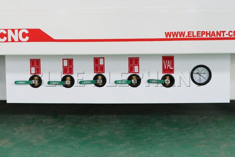 Máquina de enrutamiento de madera CNC ELECNC-1530 3 Axis (2)