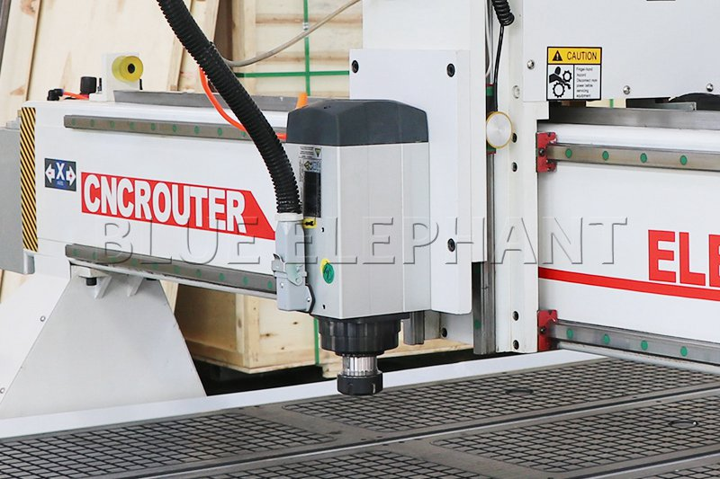 Máquina de enrutamiento de madera CNC ELECNC-1530 3 Axis (8)