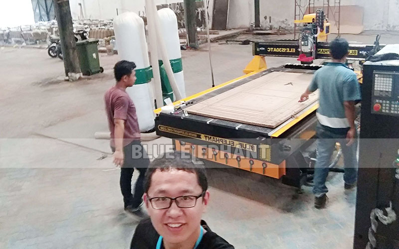 Technical Supports in Indonesia, 1530 ATC Wood Carving Machine with Linear Magazine (2)