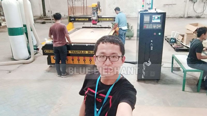 Technical Supports in Indonesia, 1530 ATC Wood Carving Machine with Linear Magazine (8)