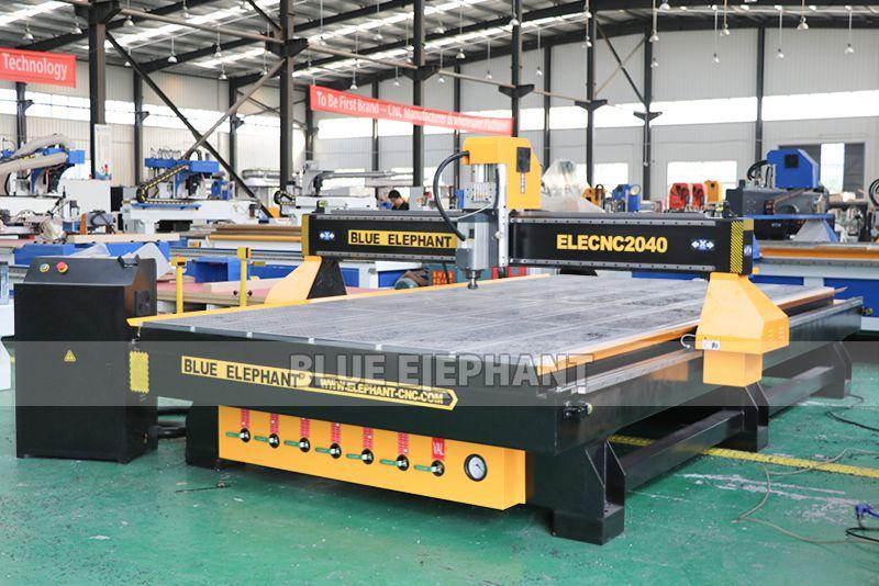 CNC Holzschnitzmaschinen zum Verkauf mit großem Tisch & High Speed