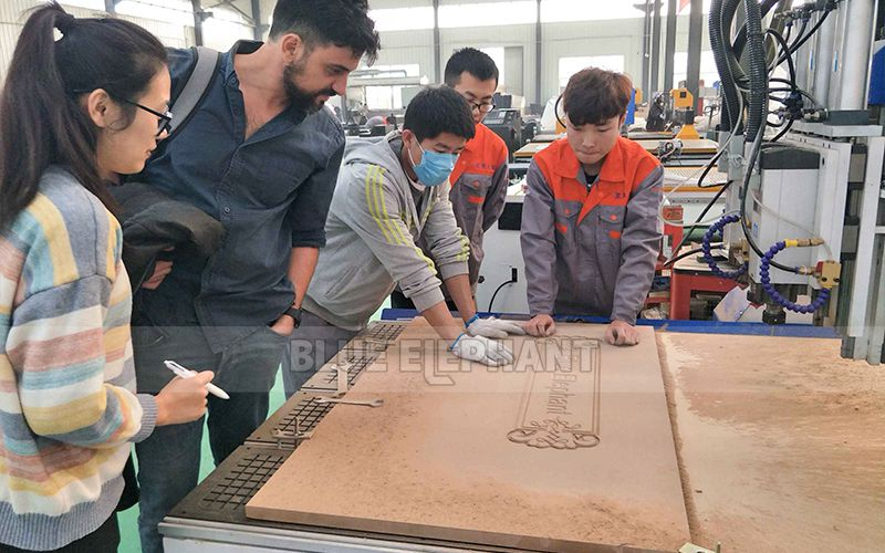 Israeli Customers visit for multi spindle woodwork machin (1)