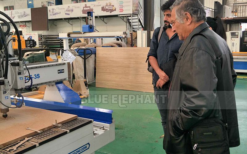 Israeli Customers visit for multi spindle woodwork machine (2)
