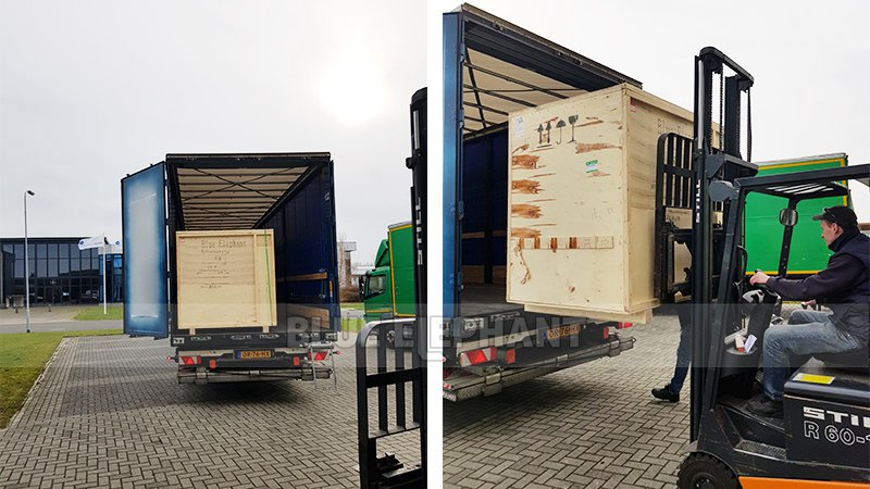 التغذية المرتدة من عملاء هولاند مع آلة 6090 CNC (2)