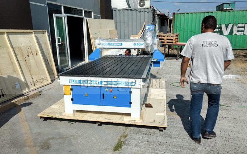 Our 1325 CNC Machine Was Shipped to Our Panama Customer (3)