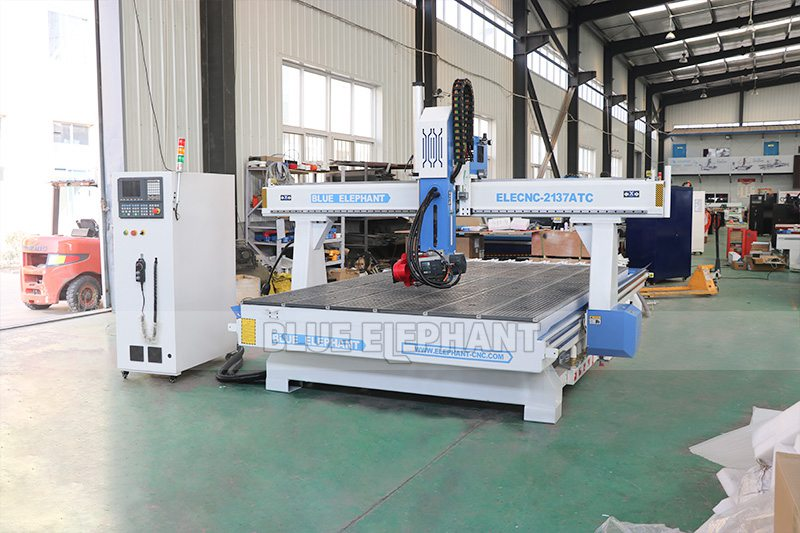 2137 Linear Atc 4 Axis CNC Woodworking Machine (2)
