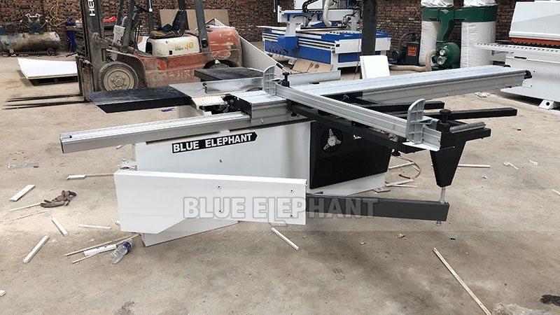 Kundendienst in China Henan, Kunde, kaufte unsere vier Maschinen