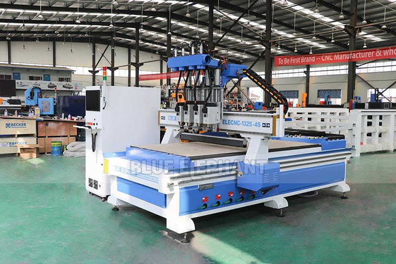 Der blaue Elefant führte ein umfangreiches Upgrade der CNC-Fräser durch