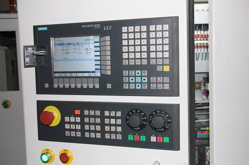 Voorzorgsmaatregelen bij het bedienen van de CNC-router voor nieuwe gebruikers