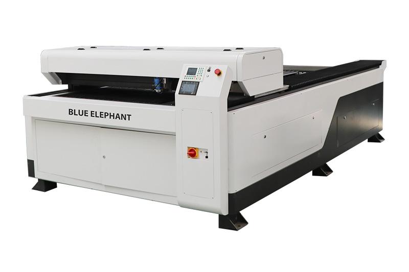 Machine de gravure laser à cutter mixte pour bois, acrylique et métal