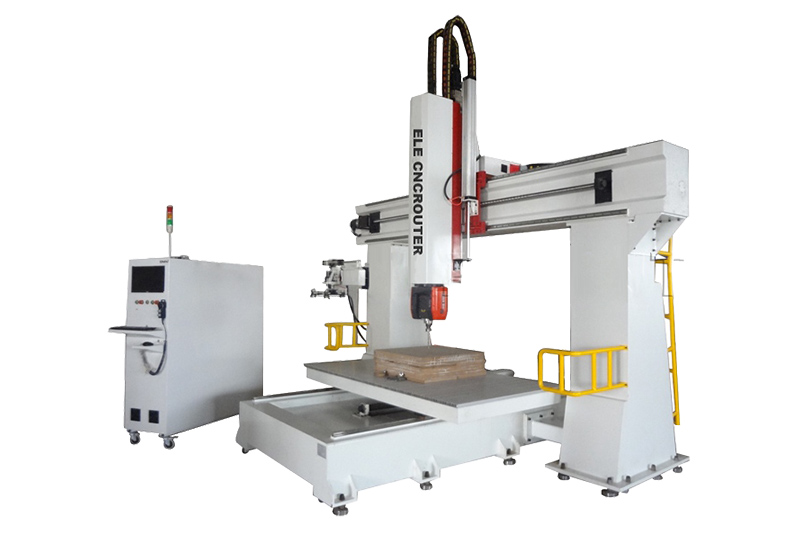 1224 5-Achsen-CNC-Maschine für Holz- und Schaumschnitzerei