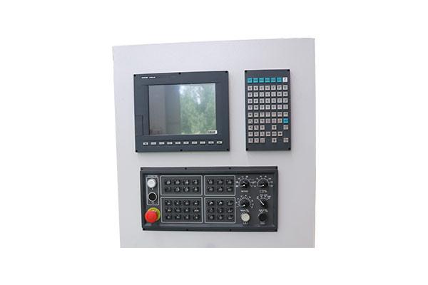 Taiwan SYNTEC 610MA-E5