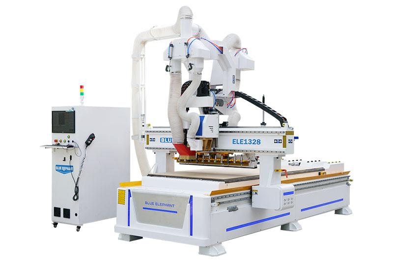 Verschachtelte CNC-Fräsmaschine für die Möbelherstellung
