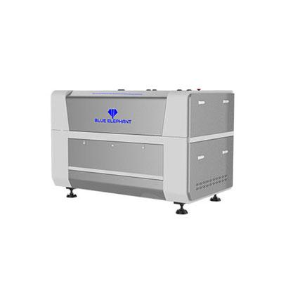 Machine de gravure de découpe de bois au laser CNC à vendre
